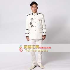 白色男士宫廷演出服装 舞台装