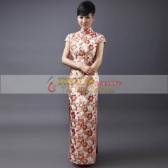 白色绣花长款旗袍