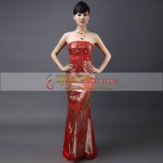 红色抹胸长款旗袍