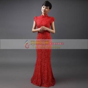 红色长款修身旗袍
