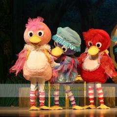 丑小鸭表演舞台服装定做厂家供应_风格汇美演出服饰