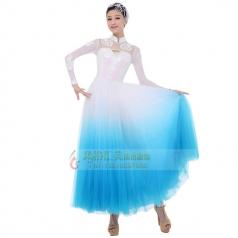 新款古典表演演出服装定制设计厂家直销