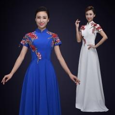 成人复合丝合唱演出服装女款宝蓝色大学生舞台合唱比赛演出服装定制!