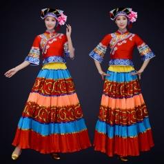 少数民族舞蹈演出服装舞蹈表演服装女款彝族舞蹈演出服装定制!