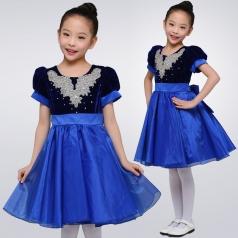 校园儿童合唱演出服装小学生团体比赛合唱服装定制