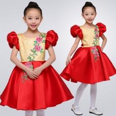 儿童合唱演出服装中式舞台合唱团体演出服装小学生红色合唱服装定制!